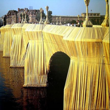 Chisto & Jean Claude, Pont Neuf, Paris, 1975